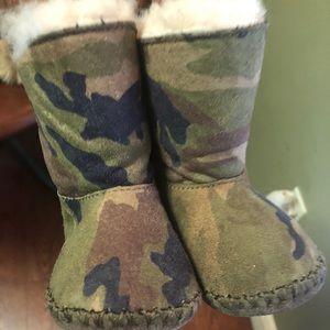 Ugg Boots Bundle (4 pair) Size 2/3